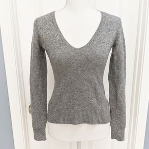 Theory Gray Wool Cashmere V-Neck Sweater Small